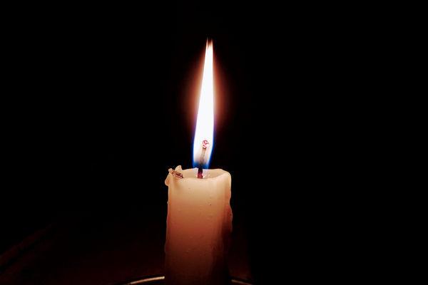 Nå tenner vi det første lys...